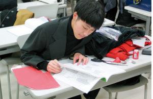 夜間 ファッション 専門学校の授業