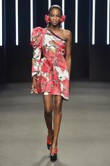 052_Kristy-Sparow_Yumi-Katsura_Haute-Couture-FW18-020.jpg